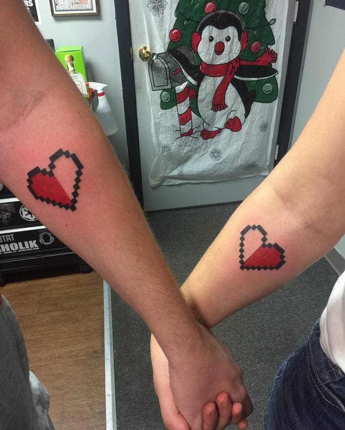 8bit Matching Hearts on Couple by Matt Schetter
