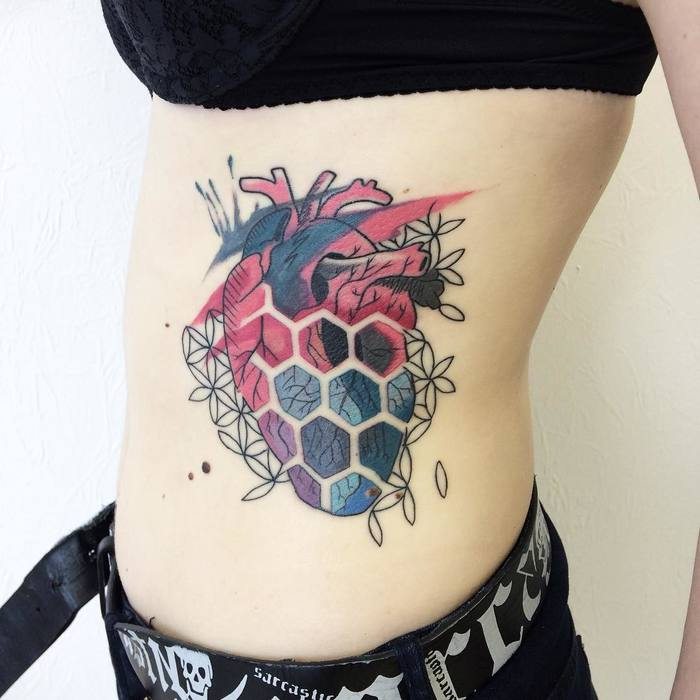 Anatomical Heart by victoriascarlet93