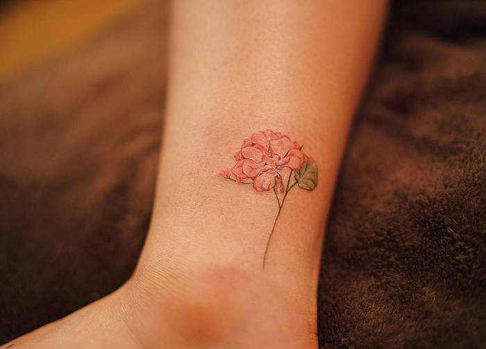 Red Hydrangea Tattoo by Nando Tattoo