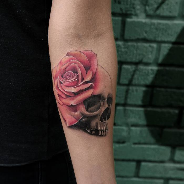Skull and Rose Tattoo by Joice Wang