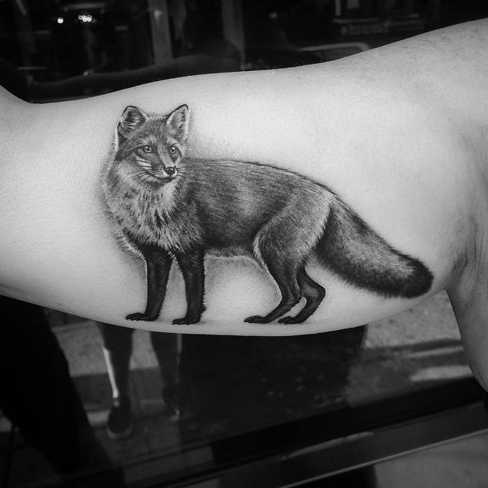 Black and Grey Fox Tattoo by lazerliz