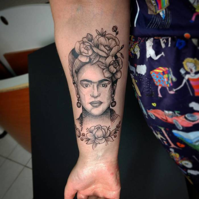 Frida Kahlo Tattoo by renanpirestattoo