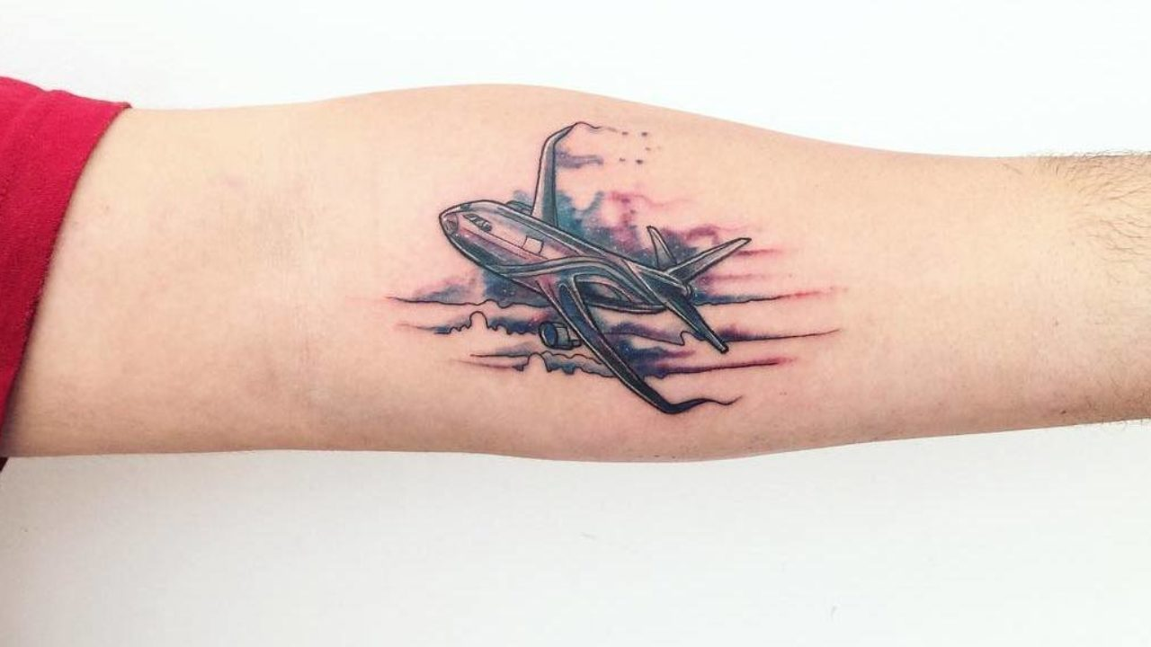 34 Perfect Airplane Tattoo Designs For Travel Lovers Tattoobloq