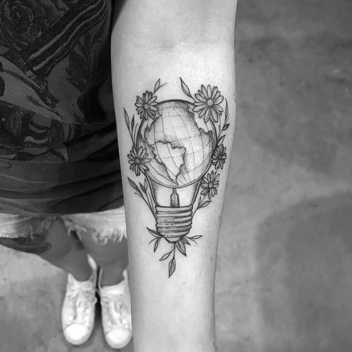 Bulb Tattoo by ricardodamaiatattoo