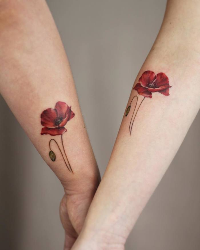 Matching Poppy Tattoos by Cindy van Schie
